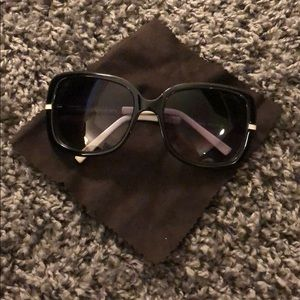 Tommy Hilfiger black and white sunglasses